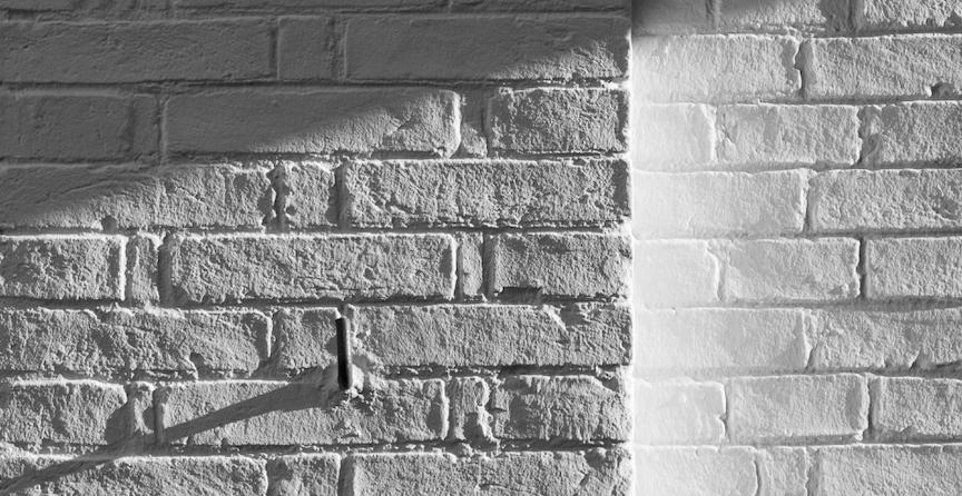 greyscale-brick-wall